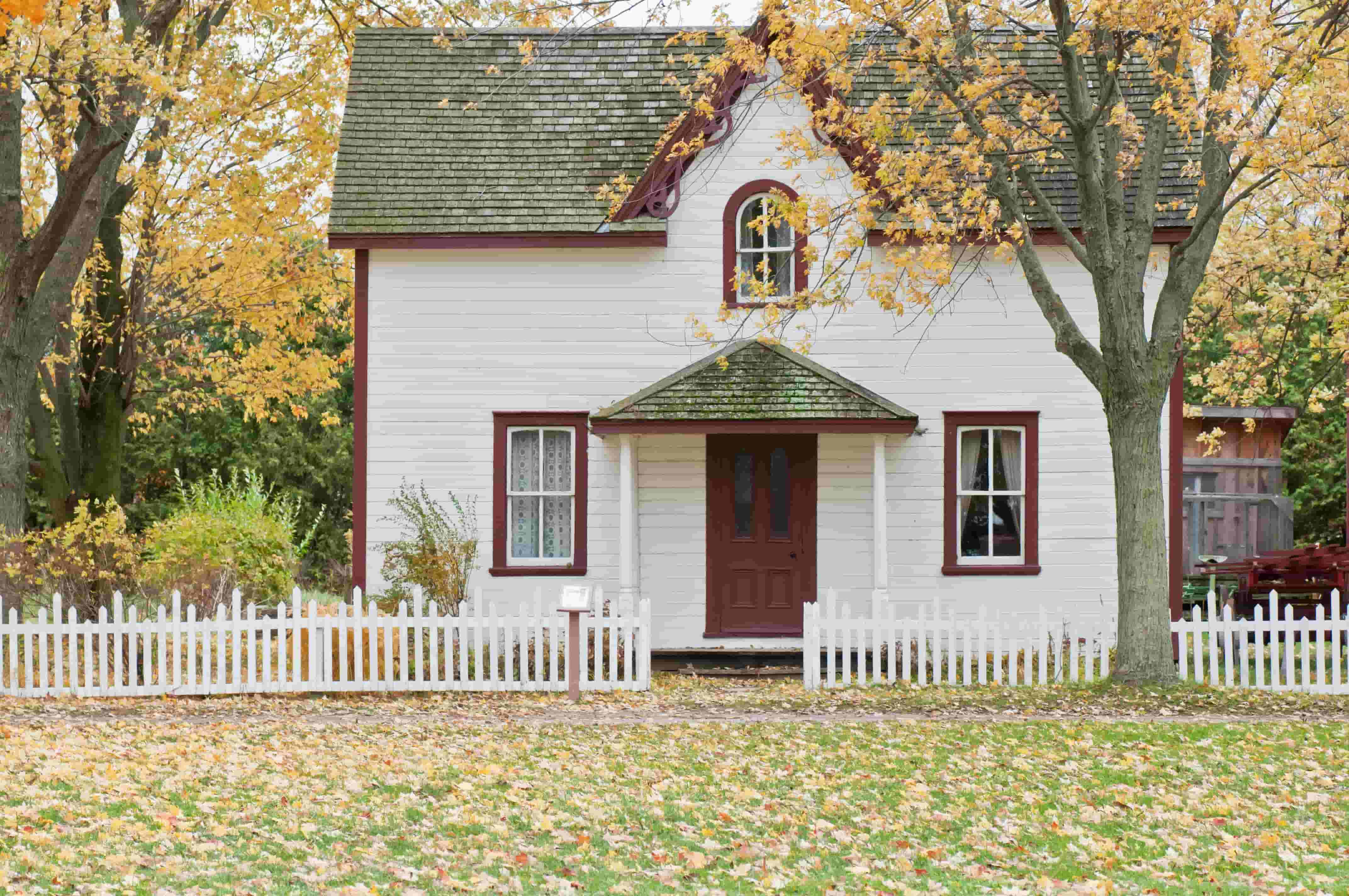 Huis in de herfst